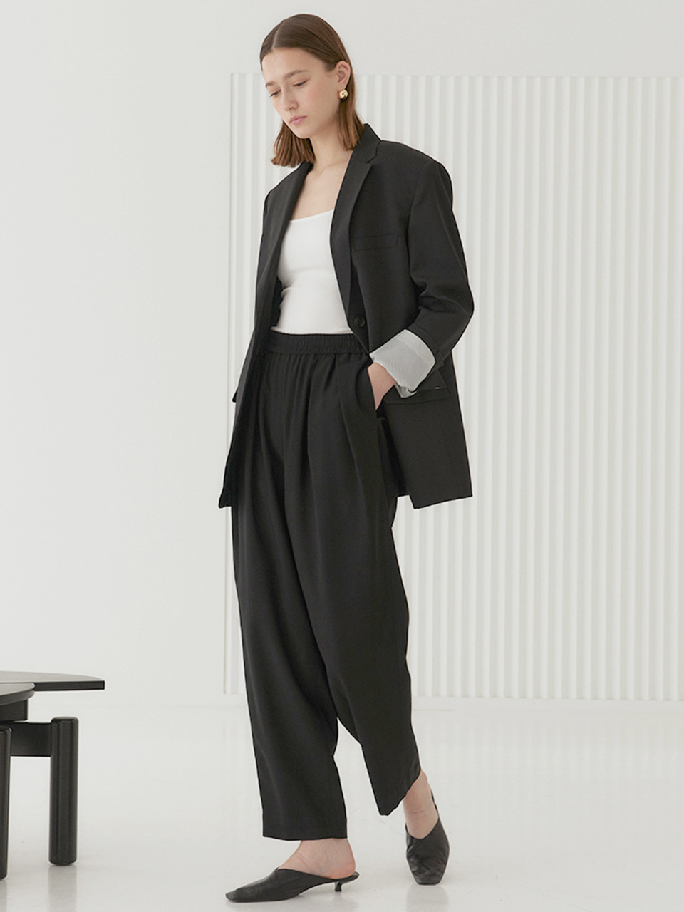 ALEX Elastic Band Waist Slouch Pants_Black