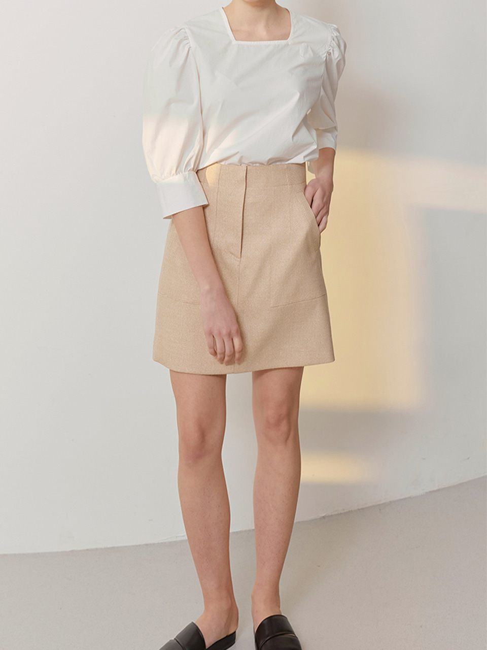 ISA_High Waisted Mini Skirts_Beige