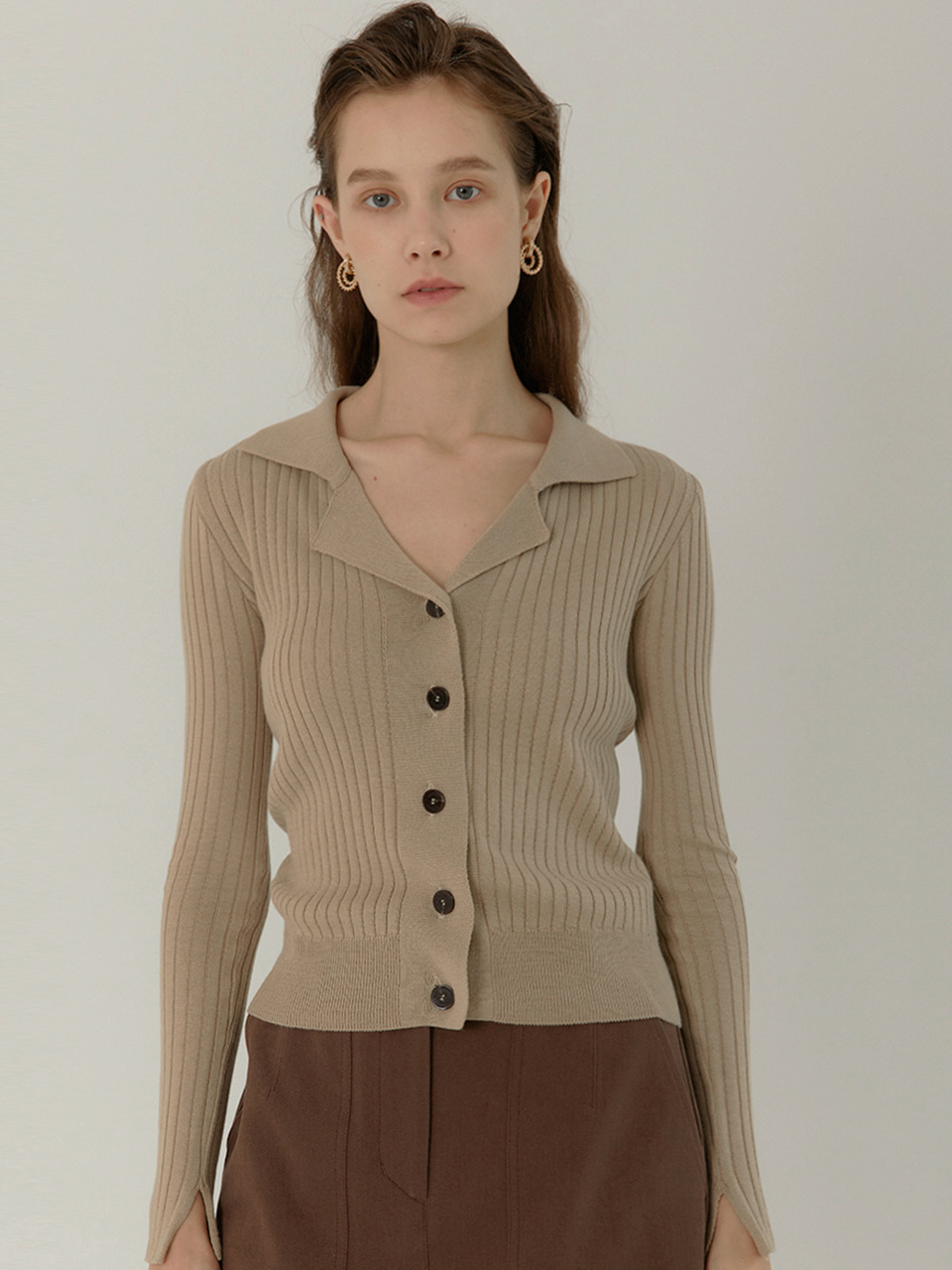[9/23부터 순차배송]GRETA Slim Fit Ribbed Cardigan_ALMOND BEIGE