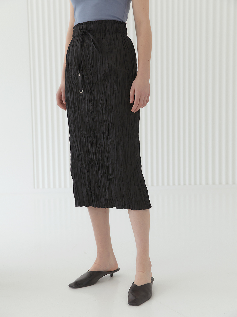ANNA Pleated H-line Midi Skirt_Black